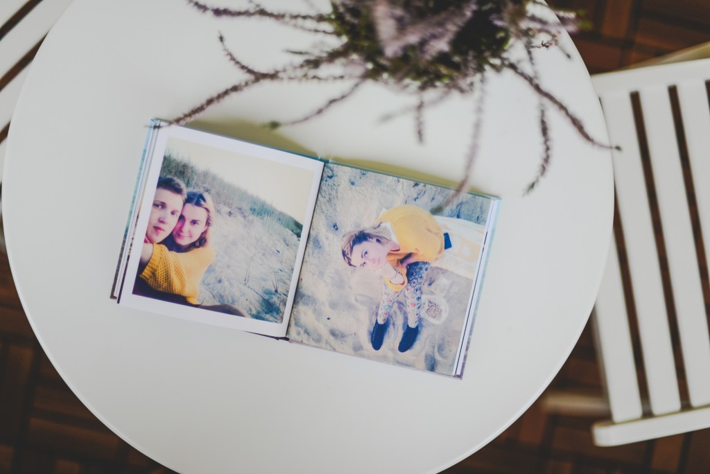 How to tell your love story in a photo book for a perfect Valentine's Day gift. | blog.zoombook.com