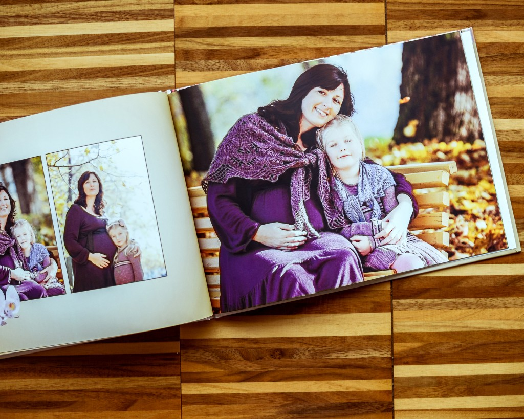 5 Photo Book Gift Ideas for a Delightful Mother's Day |Mother and daughter | blog.zoombook.com